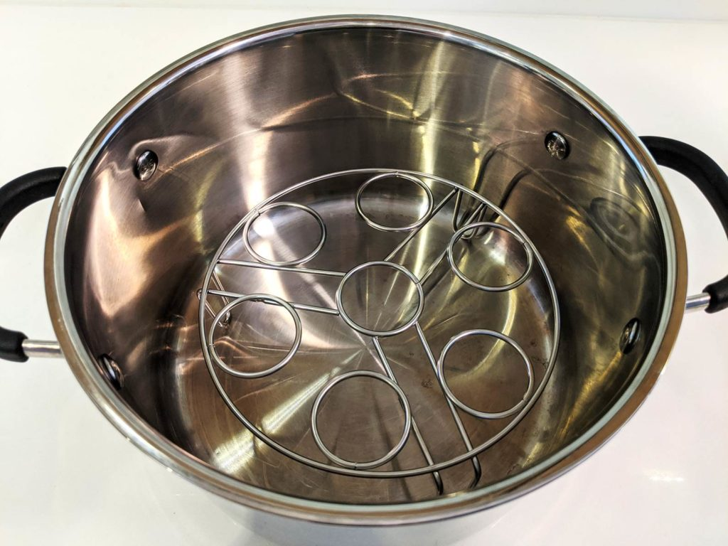 Wire Rack for Eggs, fits nicely in the stainless steel pot